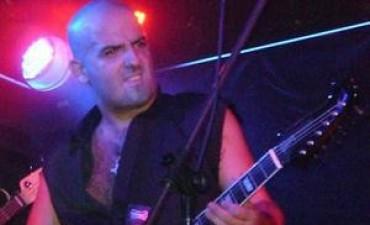 Un guitarrista murió electrocutado en el escenario de un bar en Ituzaingó