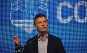 """Macri en Córdoba solicito """"poner el hombro"""" a la iniciativa del Intendente"""