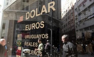 El dólar subió en el año casi un 20% y cerró 2016 a $16,12