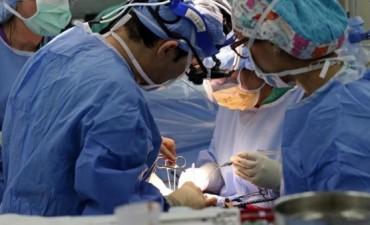 Una cirugía inédita de corazón se realizó en Córdoba para reparar la válvula mitral de un hombre de 65 años