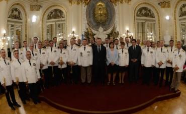 Macri encabezó la ceremonia de ascensos de los nuevos oficiales de Fuerzas de Seguridad