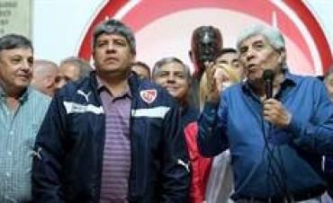 Piden que la Justicia federal investigue si la comisión directiva de Independiente usó el club para lavar dinero