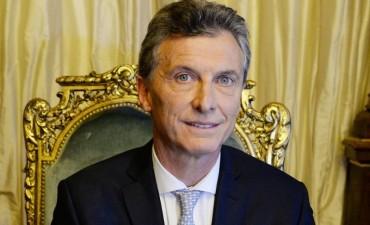 Macri termina sus vacaciones con una visita a la Villa Olímpica