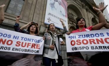 El Papa Francisco llega a Chile en medio de protestas