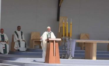Francisco pidió trabajar por la reconciliación