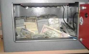 Balcedo guardaba en cajas de seguridad 3,8 millones de dólares