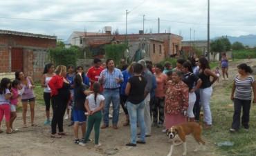 Barrios de la capital se quejan por falta de agua potable