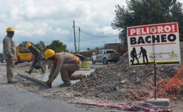 Reparan los baches de la ciudad