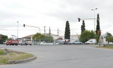 Se repusieron más de 140 lámparas en el circuito de semáforos