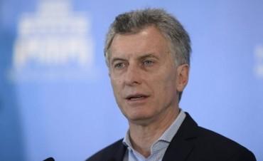 Macri viaja a España acompañado por doscientos empresarios