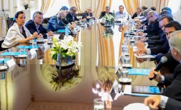 Macri se reunirá con su gabinete antes de irse a España