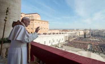 El Papa advierte que no se pueden sustituir las lecturas de la Misa por textos no bíblicos