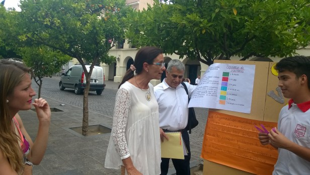 Ministra Educaciòn Analìa Berruezo  alumnos Colegio FACUNDO QUIROGA