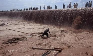 Inundaciones en el norte de Pakistán dejan al menos 55 muertos