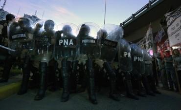 El difícil equilibrio en Argentina entre la protesta y la represión policial