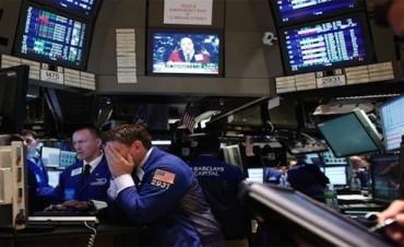 Wall Street cierra con pérdidas y el Dow Jones baja un 0,03%