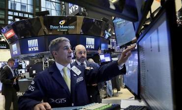 Wall Street cierra en baja por malos resultados corporativos