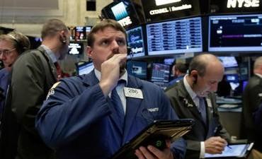 Wall Street sube en espera de detalles de reforma fiscal de Estados Unidos