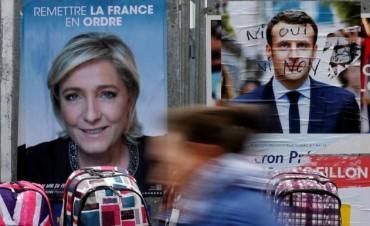 Francia abre una era política con profundas fracturas