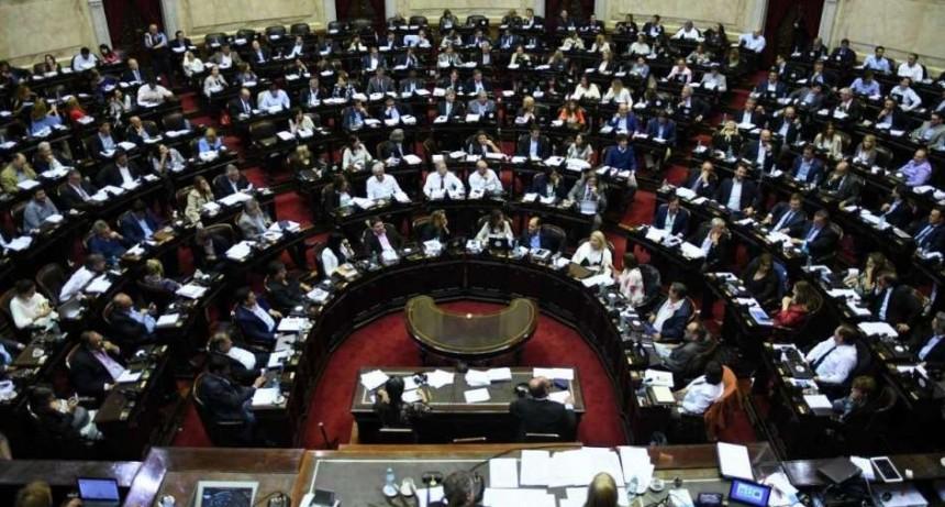 Continúa el debate por el aumento de tarifas en Diputados