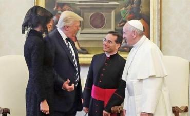 La broma del papa Francisco a los Trump y la intimidad del encuentro