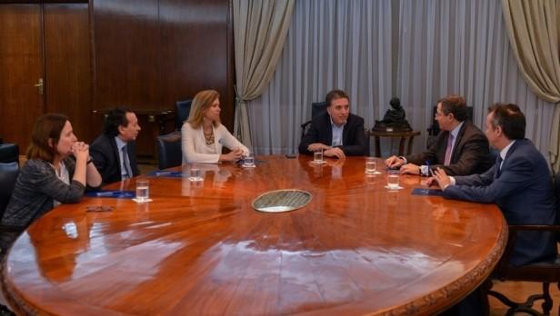 Ministro economìa Nicolás Dujovne y economistas privados