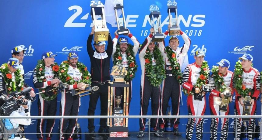 Fernando Alonso gana las 24 Horas de Le Mans con Toyota
