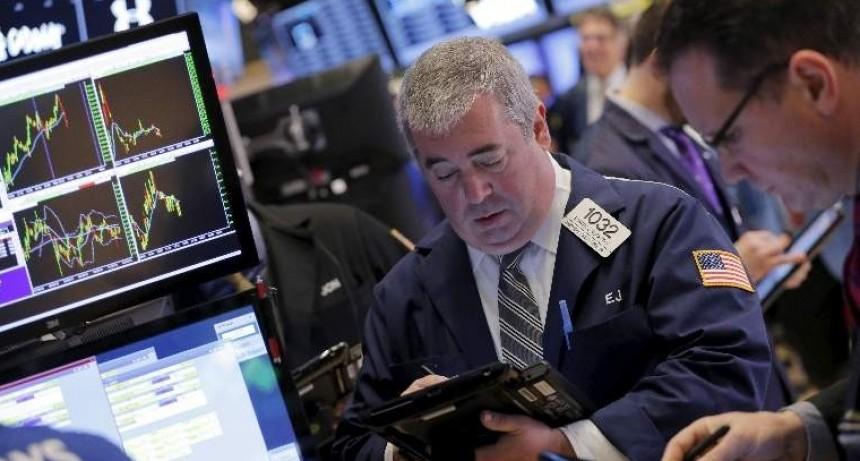 Wall Street acusa de nuevo las tensiones comerciales