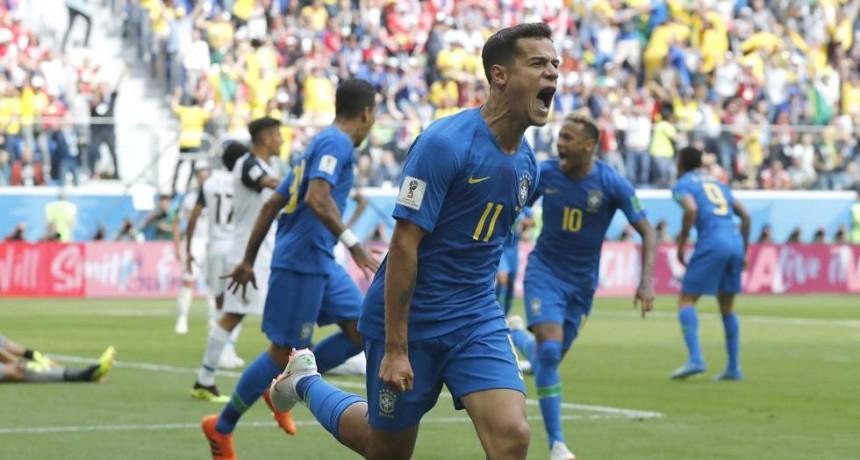 Brasil le gano a Costa Rica y encamina a octavos