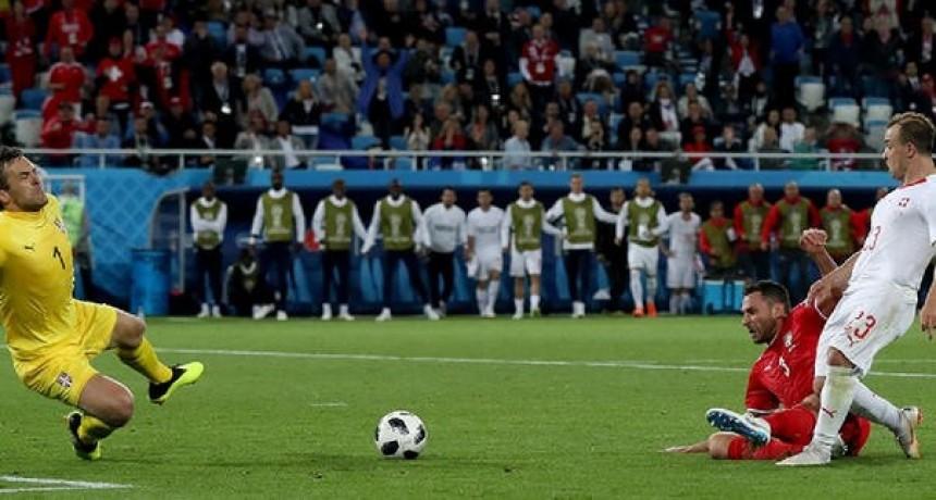 Suiza venció a Serbia y esta con Brasil en el Grupo E