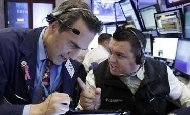 Wall Street marca máximos históricos empujado por los resultados empresariales