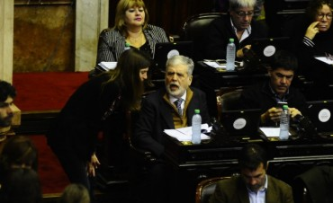 Diputados: con la presencia de De Vido, arrancó debate por su expulsión