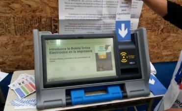 El Gobierno nacional y la Justicia electoral negaron cambios en el sistema de votación