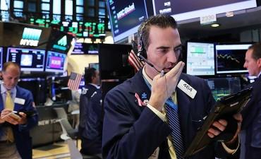 El índice industrial Dow Jones alcanza los 22.000 puntos por primera vez en la historia