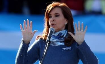 Cristina Fernández aseguró que el Gobierno de Macri está desmantelando el Estado