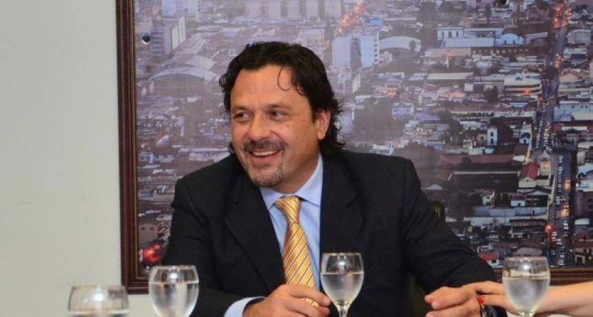 Municipalidad presenta web habilitaciones comerciales