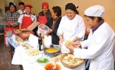 """Dictan curso sobre """"Menú de Fiestas"""""""