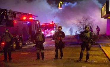 2.000 agentes blindan Ferguson para evitar otra ola de violencia