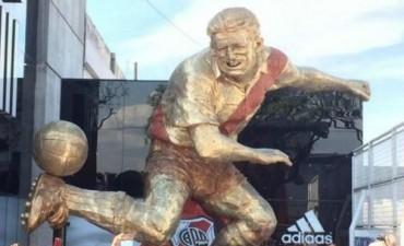 River Plate inmortalizó a Ángel Labruna