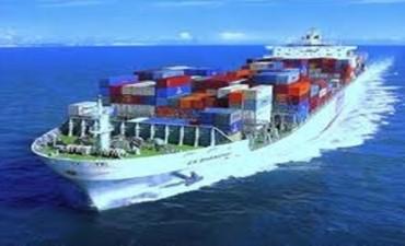 El país cerrará el 2015 con el superávit comercial más bajo de los últimos 15 años