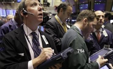 Wall Street cayó 0,6% ante nerviosismo por elecciones y la Fed