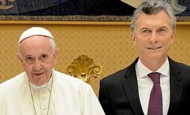 Salario social: idea que bendice el Papa y podría forzar otro veto de Macri