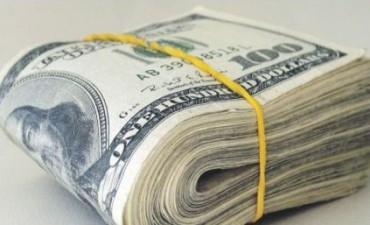 El Gobierno oficializó dos nuevas emisiones y los economistas advierten por el endeudamiento