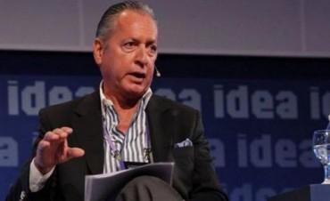 UIA:Tras acuerdo con Gobierno dice que no puede  obligar  a las empresas a no despedir