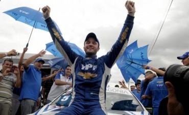 Agustín Canapino se coronó en el Súper TC 2000