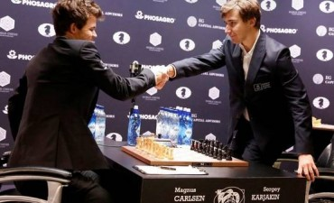 Mundial de ajedrez: Magnus Carlsen y Sergey Karjakin acordaron tablas y habrá desempate