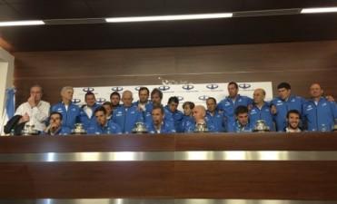 ¡Bienvenidos campeones! El plantel de la Copa Davis ya está en Argentina