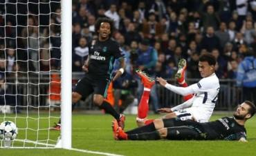 El Tottenham le ganó al Real Madrid y se metió en Octavos
