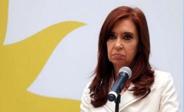#CristinaSenadora : pidió a militantes que no vayan y se sumen a la protesta