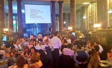 76 intoxicados en la cena aniversario de una universidad de Rosario